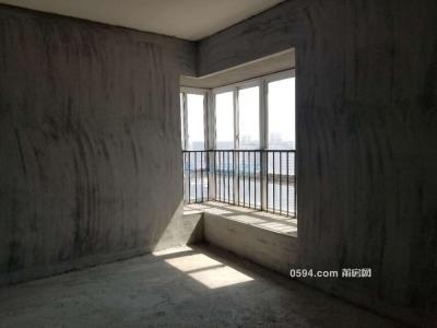 雷山家园  3层 送大露   大四房    两证齐全   毛坏房-莆田二手房