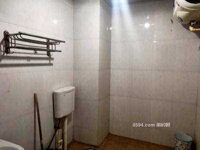 嘉新建材城附近,三个小单间需要的来看,急租适合3到6人-莆田租房