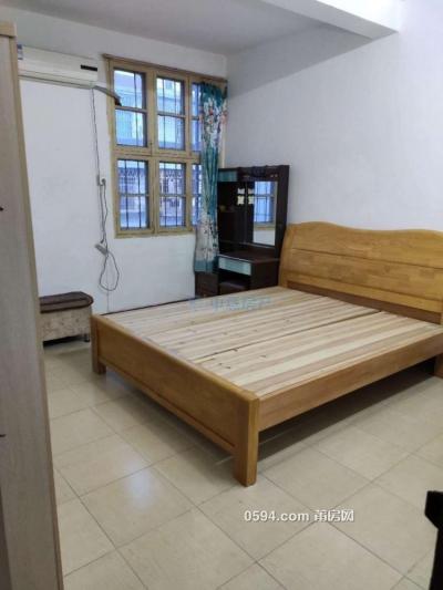 南园第八小区4房2厅118平租1800元-莆田租房