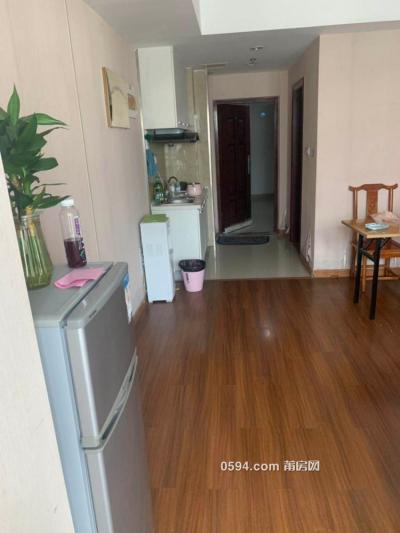 急出租:万达45平方单身公寓 1400-1500元,有空调冰箱洗衣机-莆田租房