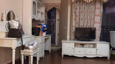 万达公寓带精装两面光70平中高层采光视野无遮挡租金2000-莆田租房