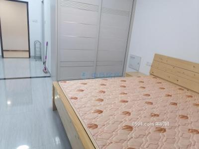 正榮財富中心單身公寓1房1廳1衛生間1內廚房家具家電齊全-莆田租房