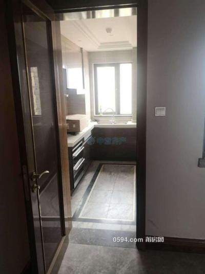 绶溪公园旁精装3房2厅142平租3800元-莆田租房