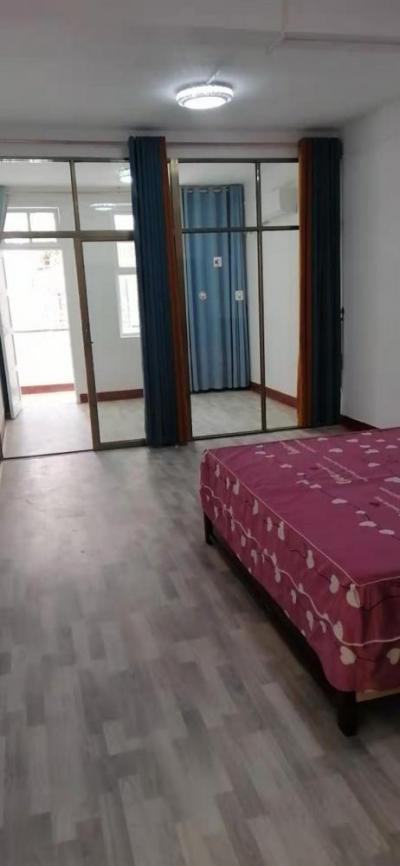 (免中介費)莆田八二一中街4房1廳130平米新裝修有家具家電-莆田租房