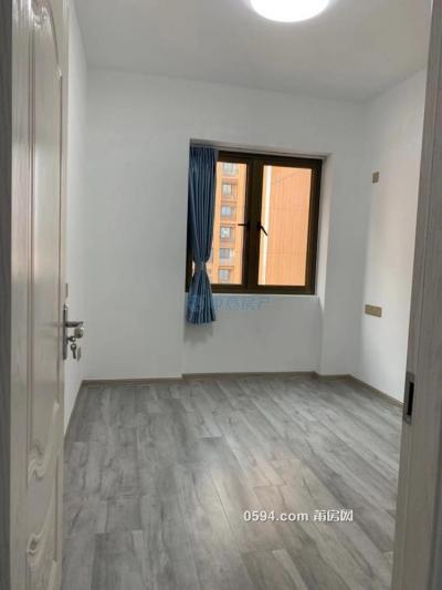 立豐左岸藍 143平方3房2廳2衛 三面采光 月租4500元-莆田租房