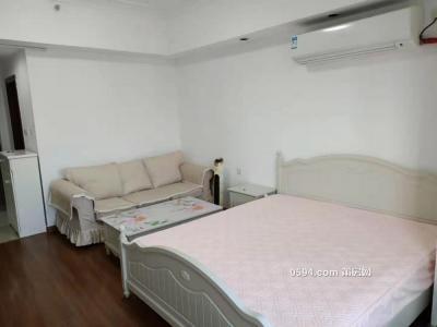 万达广场SOHO  精装公寓1房 电梯高层 1400/月 家具齐全 临五中-莆田租房