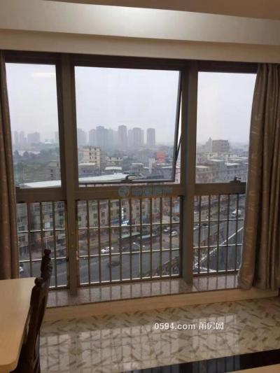 正荣财富中心 一房一厅单身公寓 中档装修 采光视野很好-莆田二手房