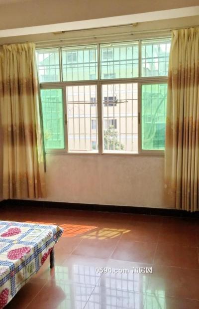 龙桥市场二房一厅便宜出租了-莆田租房