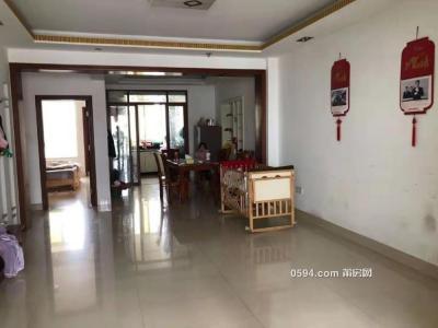 萬通花園3房2廳150平3300元-莆田租房