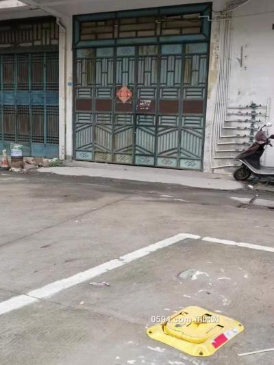 大車庫(帶閣樓衛生間、露天停車位)招租-莆田租房