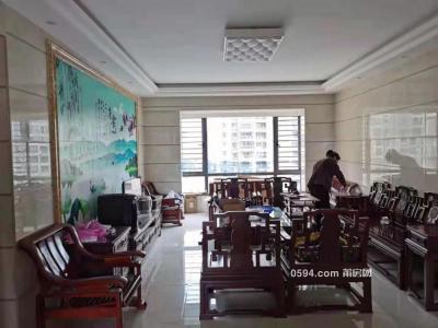 皇庭駿景 中層149平精裝4房 月租4500元 家具家電齊全-莆田租房
