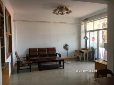 出租 逸夫文献学校附近 3房楼梯 家具齐全-莆田租房