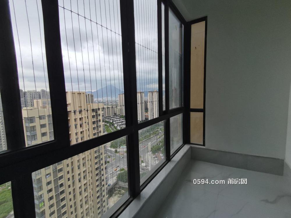 万科张镇水乡高层单身公寓精装全新未入住