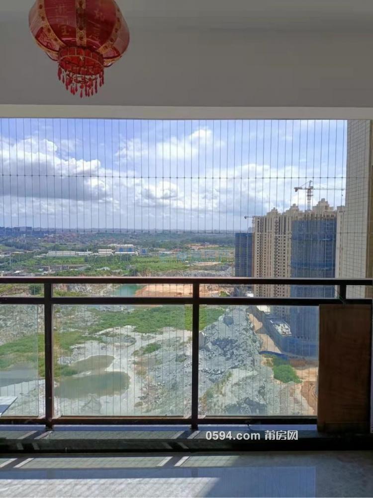 火车站附近 凯天青山城 高层精装 2房2厅 总价86万