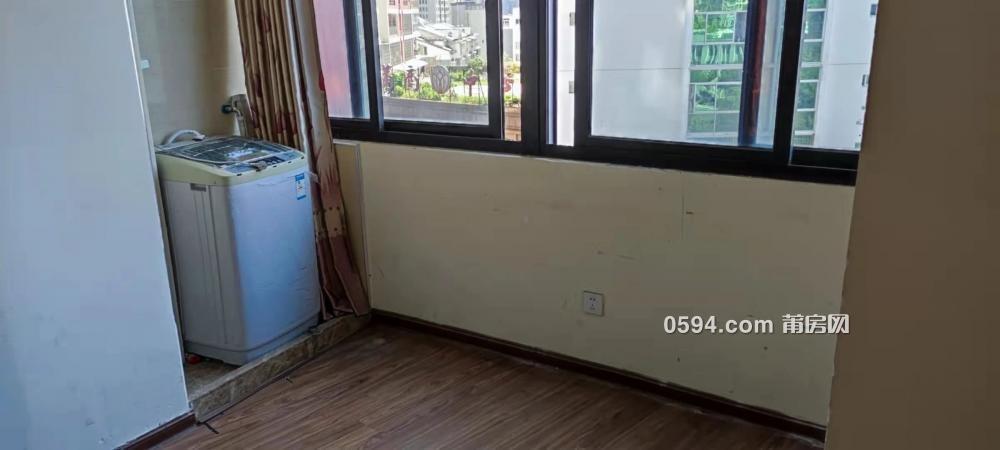 市政府龙桥市场边三迪国际公馆1800元标准1室1厅精装家具