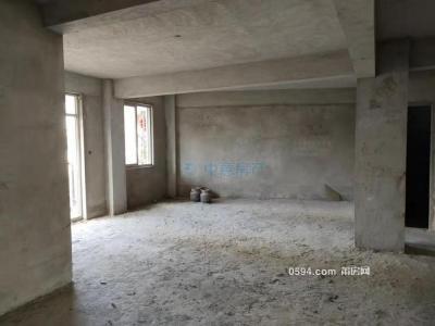 市政府铂悦府旁,单价只要13748元,西山小区电梯小高层-莆田二手房